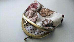 ハワイの柄がま口財布